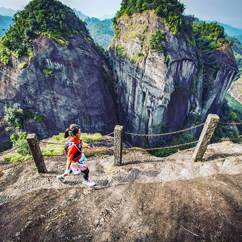 Running Wuyi Mountains
